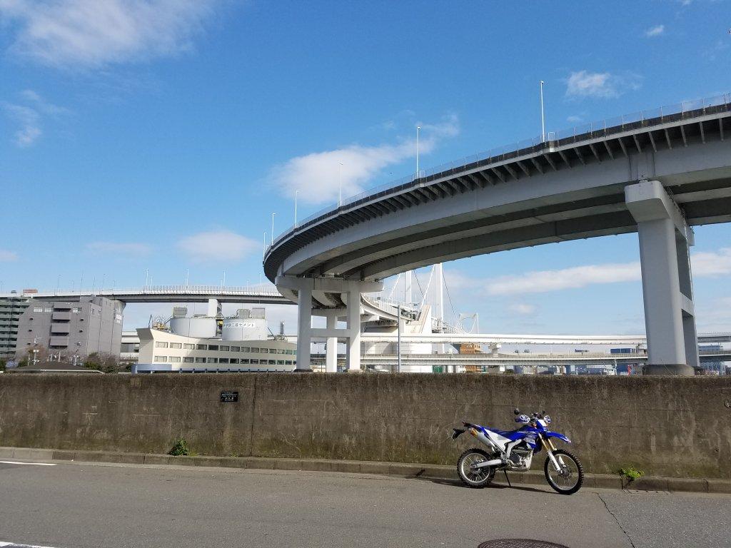 WR250Rと高速道路