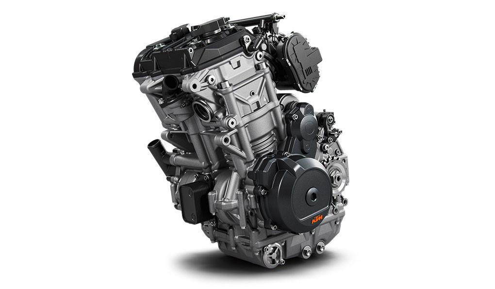 790のLC8cエンジン