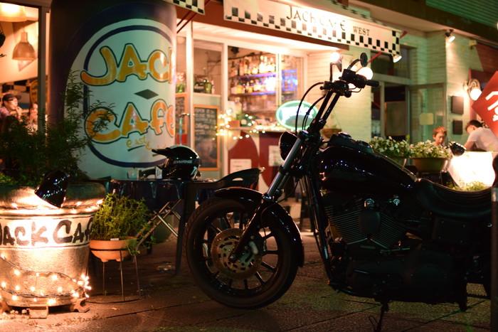 ハーレーとジャックカフェ