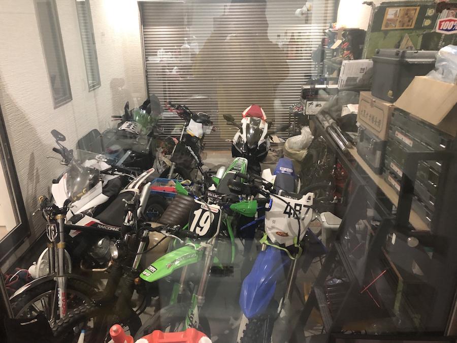 ののガレージ