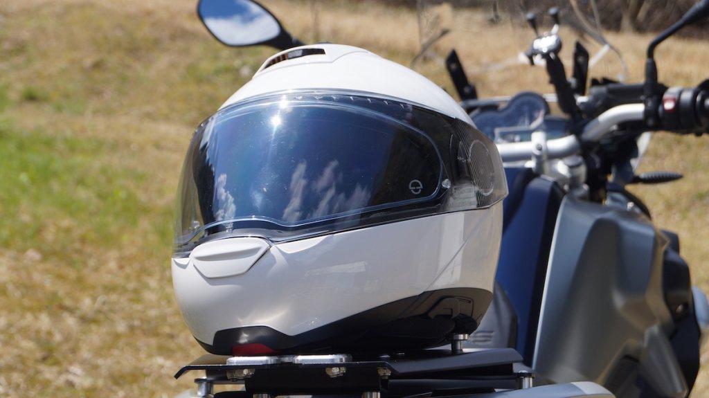シューベルトのシステムヘルメット