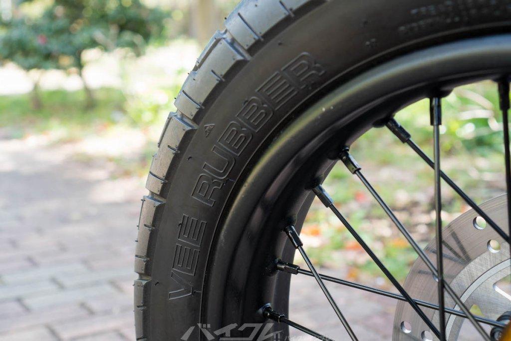 タイ王国では有名なVee Rubberのタイヤ