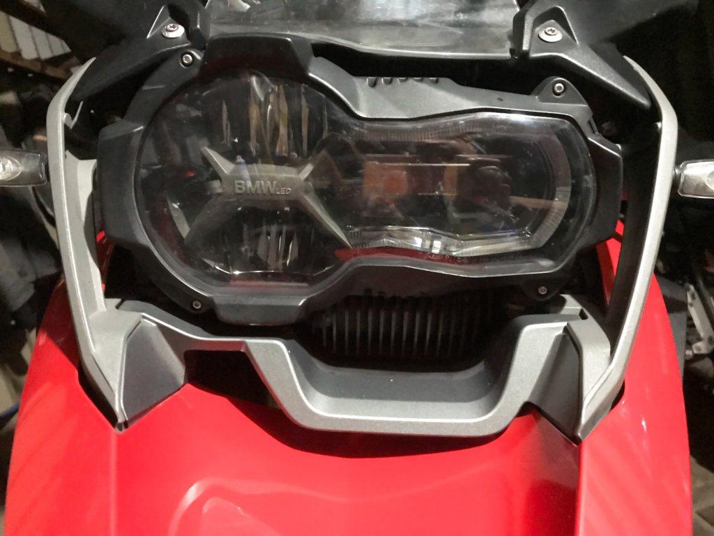ヘッドライト部分の画像